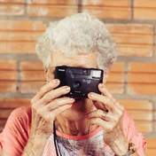 Как будут выглядеть бабушки в будущем: забавное предположение