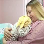 Житомирский крепыш: в Украине родилась девочка размером с полугодовалого ребенка – фото, видео