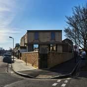 Британець показав як оновив будинок у Лондоні, під яким знайшли 20-метровий тунель – фото