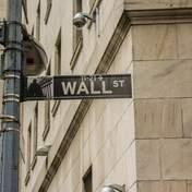 Фондовый рынок США растет вопреки прогнозам о рецессии и рекордном уровне безработицы