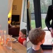 Папа сыграл роль официанта, устроив детям романтический ужин на карантине: милое видео