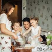 Мама поделилась советами, как пережить карантин с семьей дома: 6 важных правил