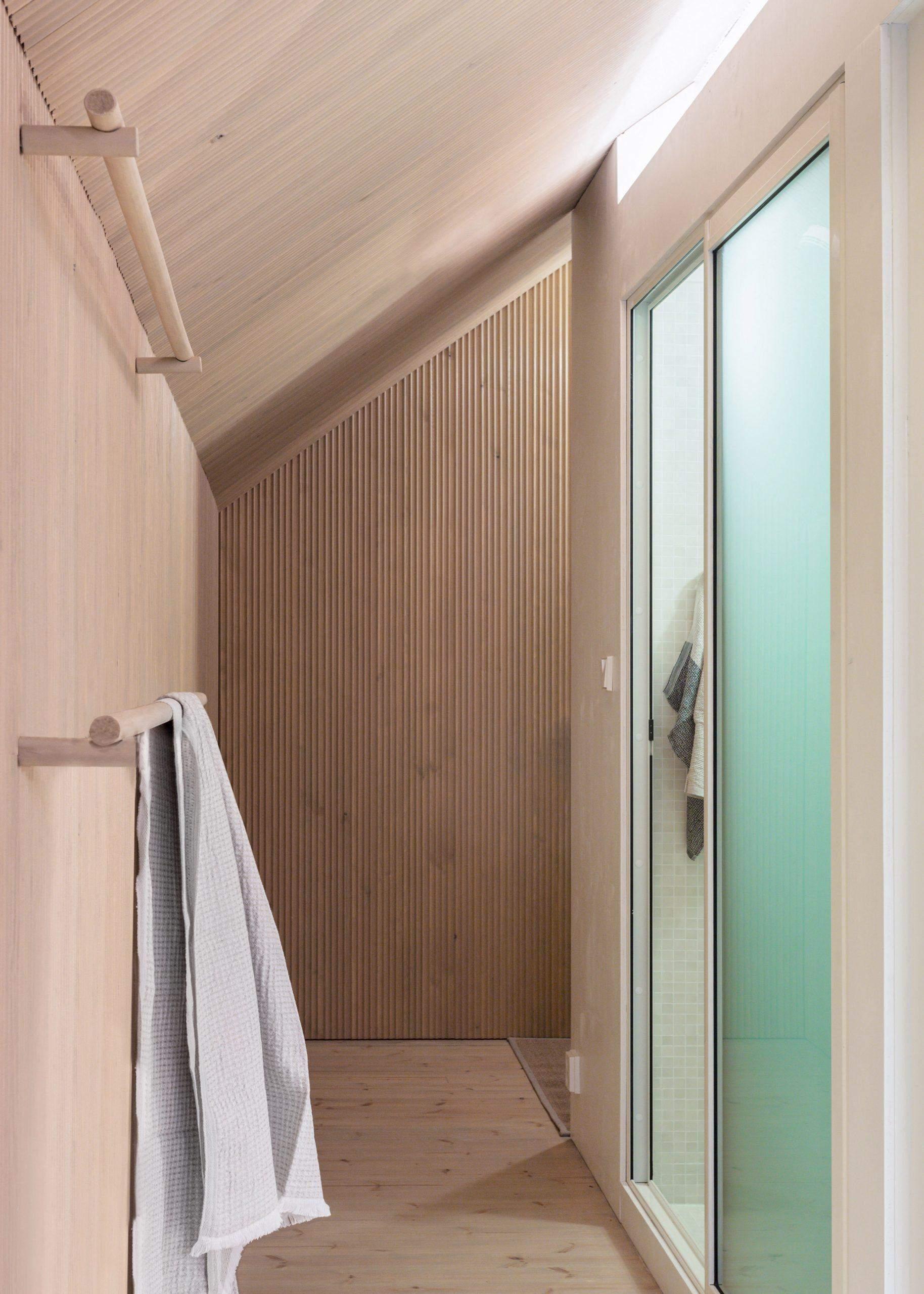Простора душова кабіна – рідкість для модульних будинків
