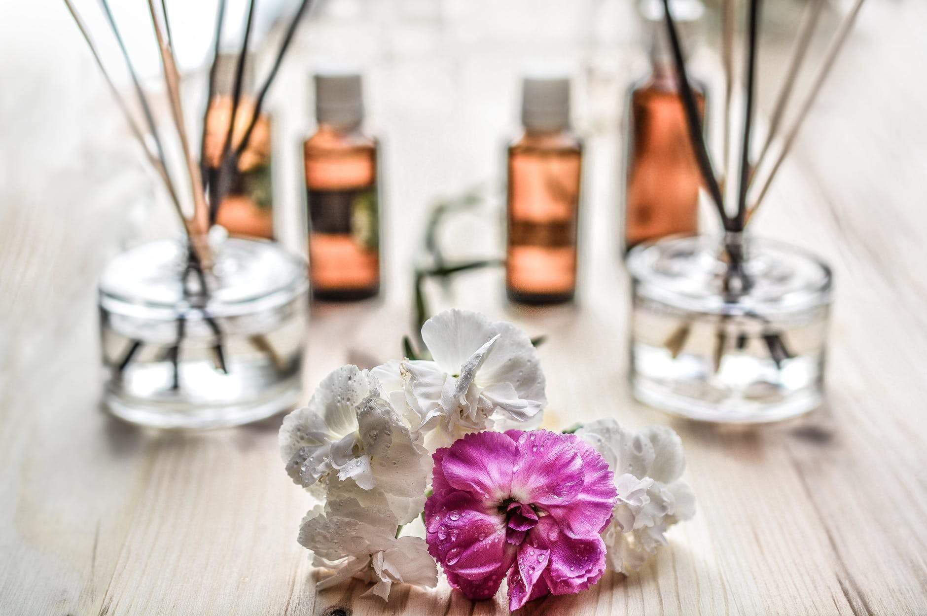 Ефірні олії та ароматерапія