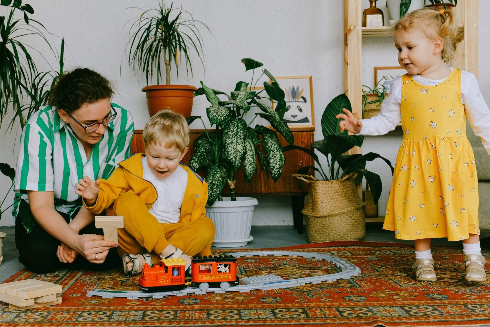 Проводьте час з дітьми