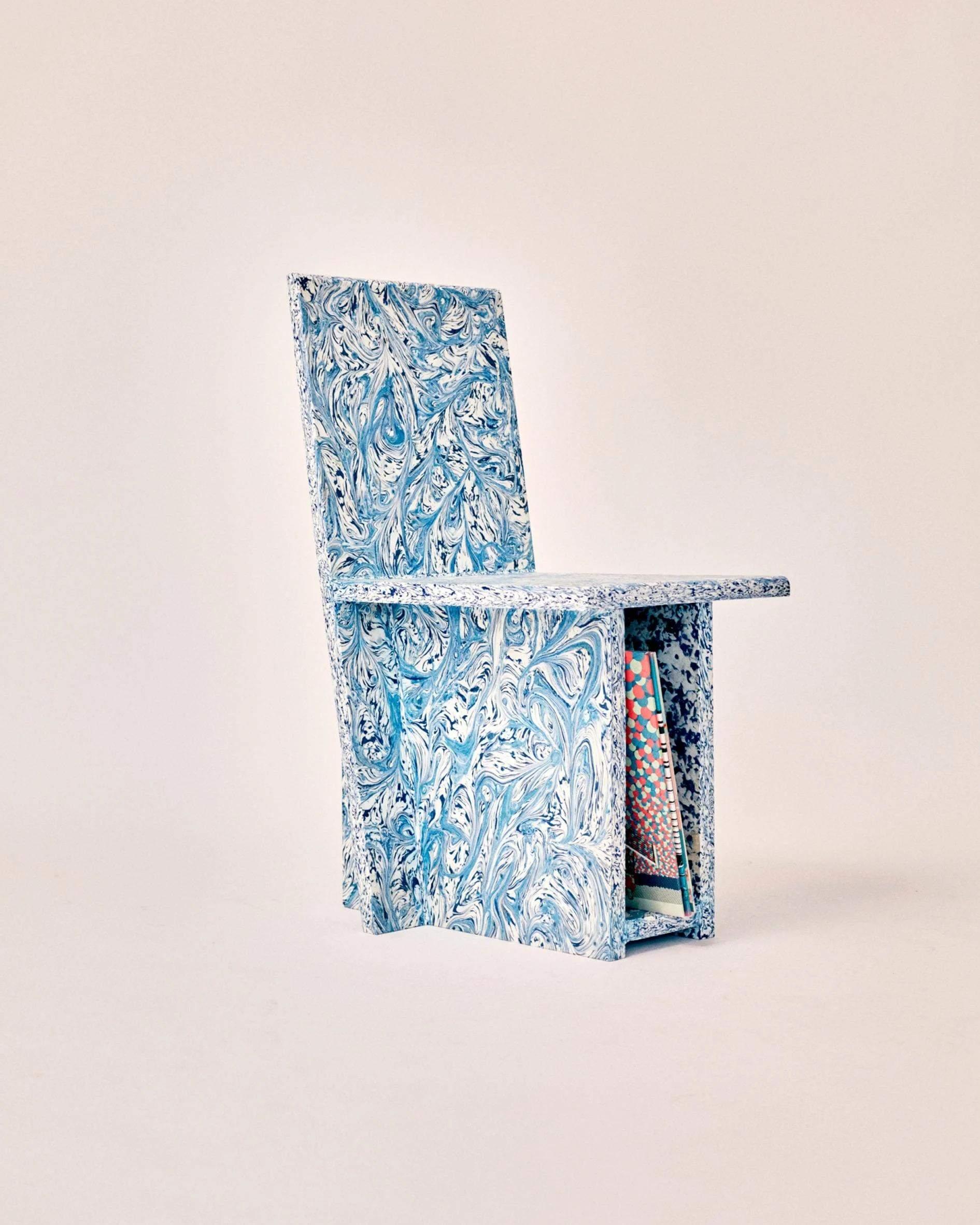 Меблі з пластикових відходів
