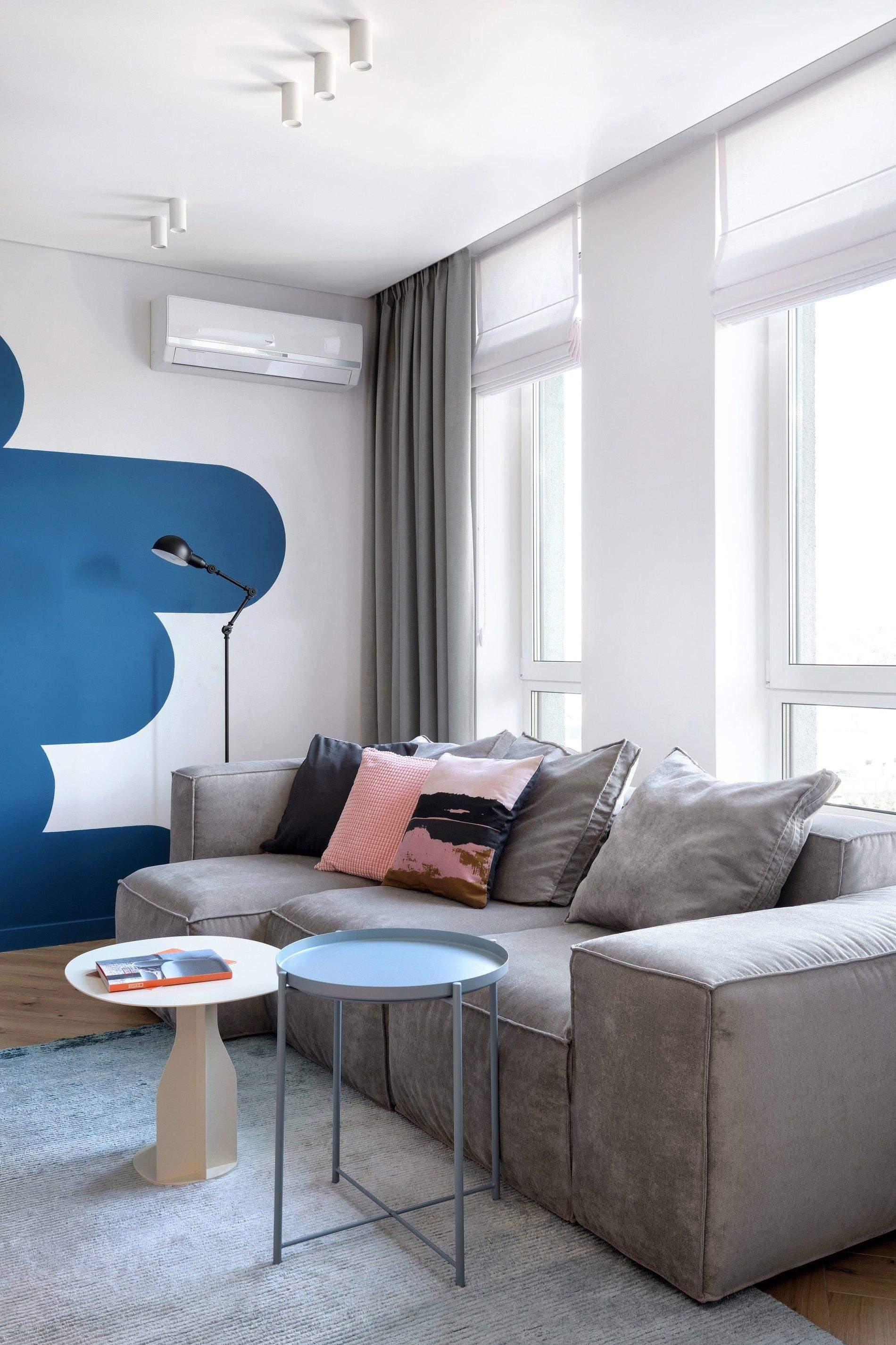 Узор на стене в гостиной