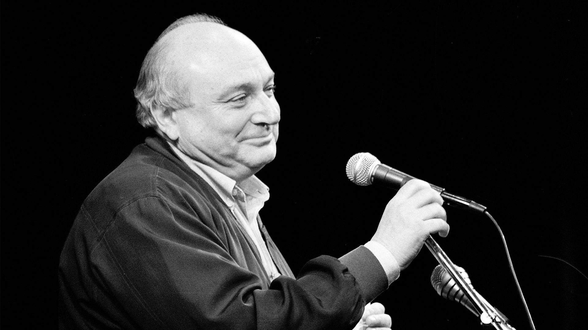 Михайло Жванецький помер у 2020 році