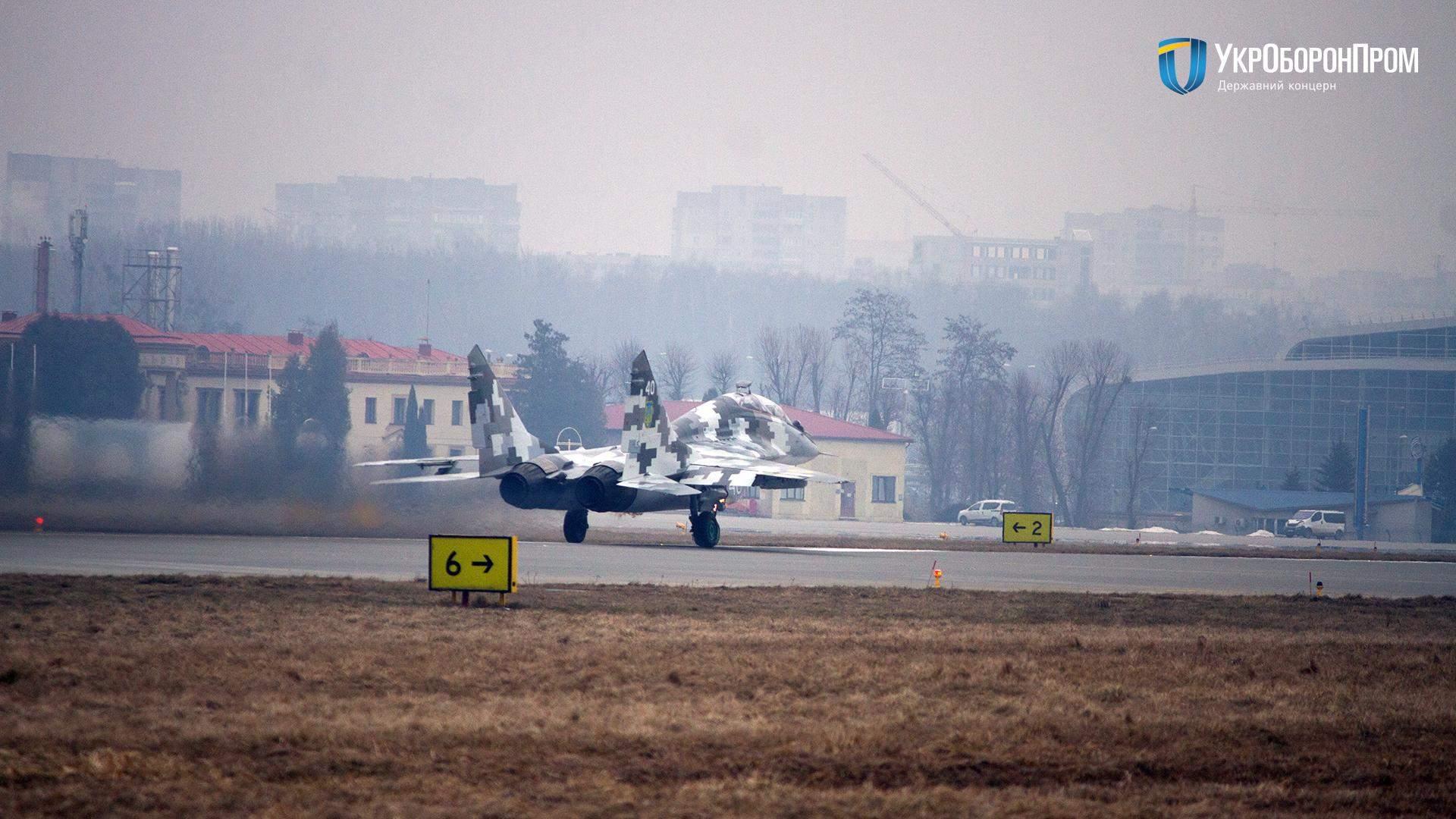 Истребитель МиГ-29УБ