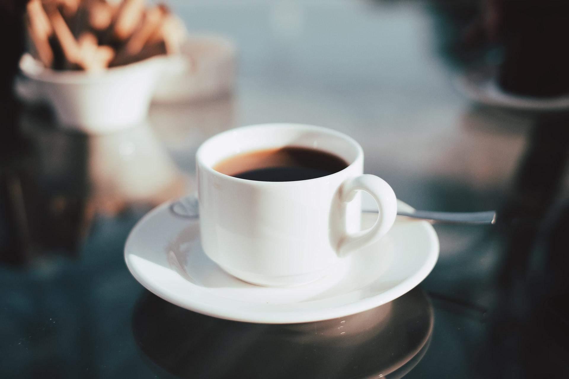 Каву краще пити після сніданку
