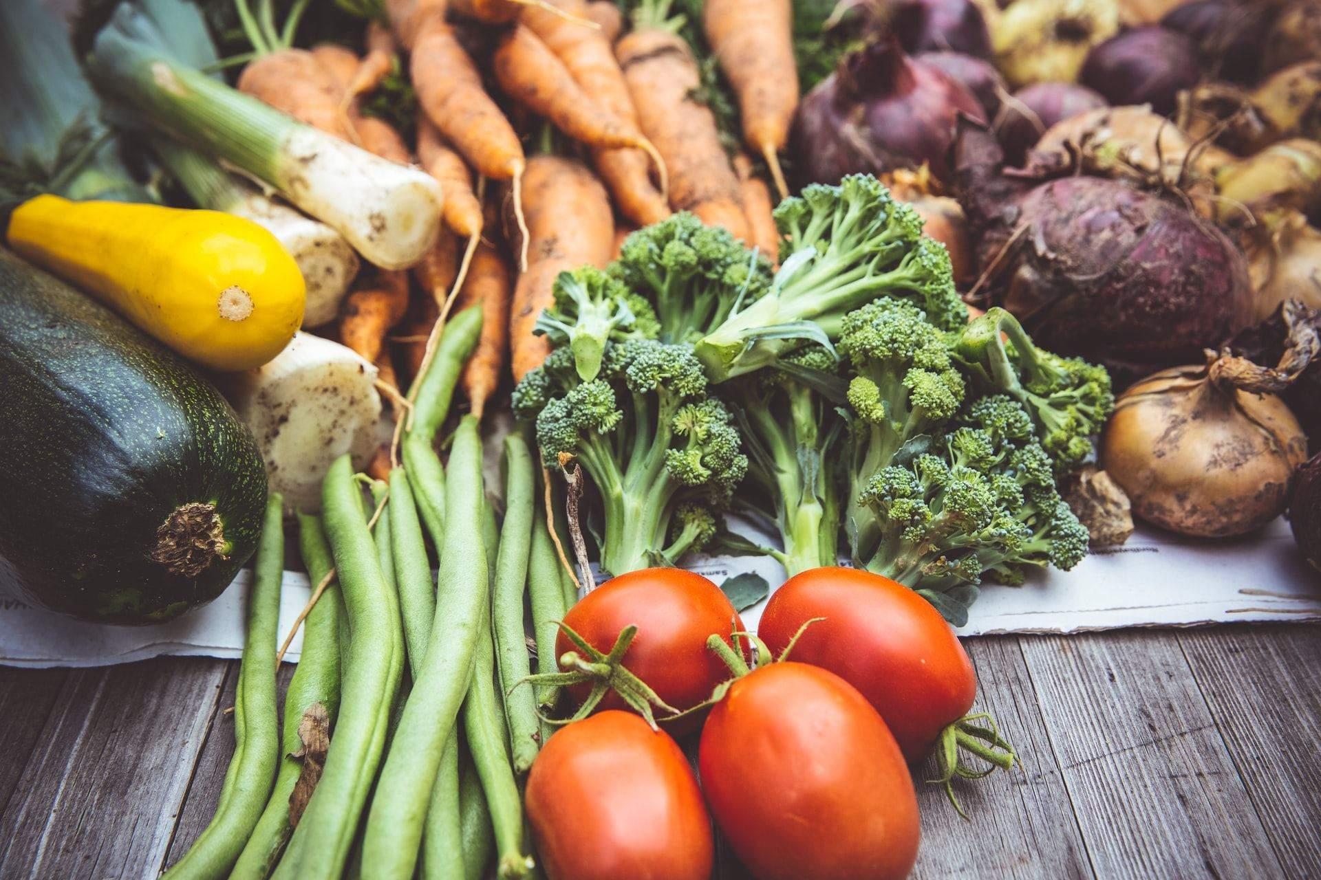 Обирайте у супермаркеті неочищені овочі