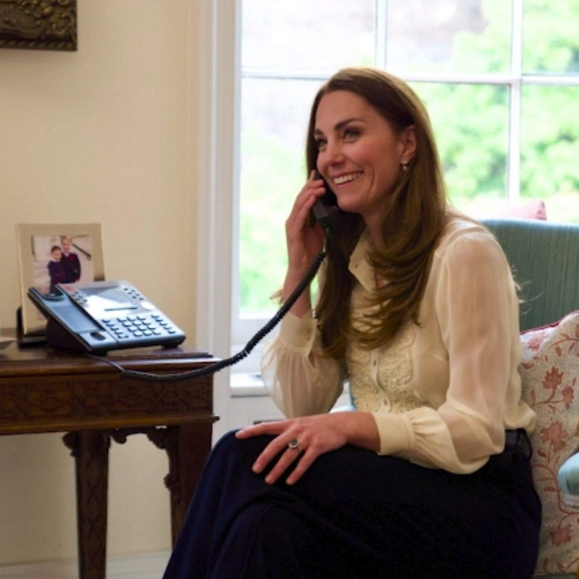 Кейт Міддлтон у старій блузці