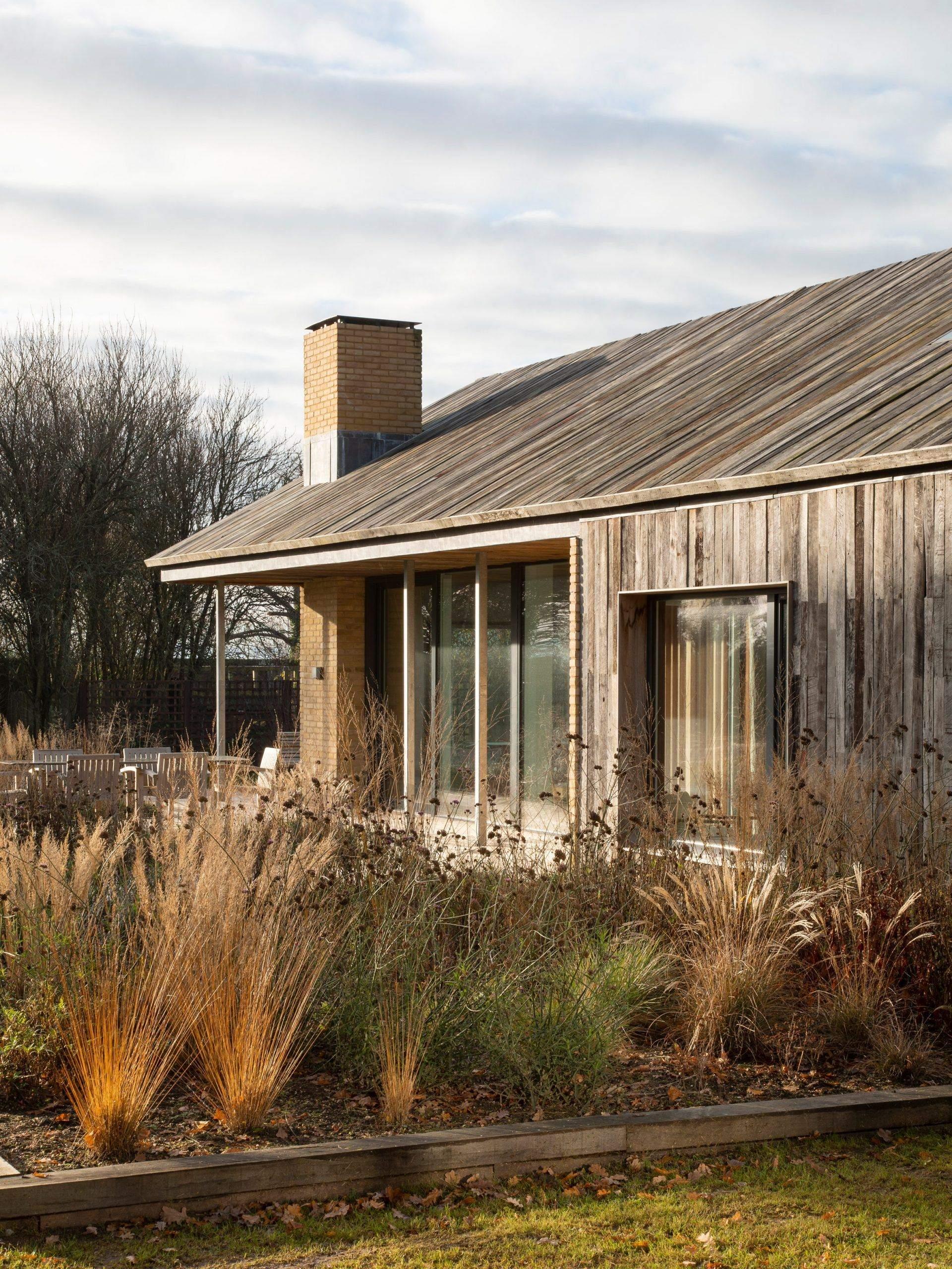 Назовні будинок виглядає стандартно / Фото Deezen