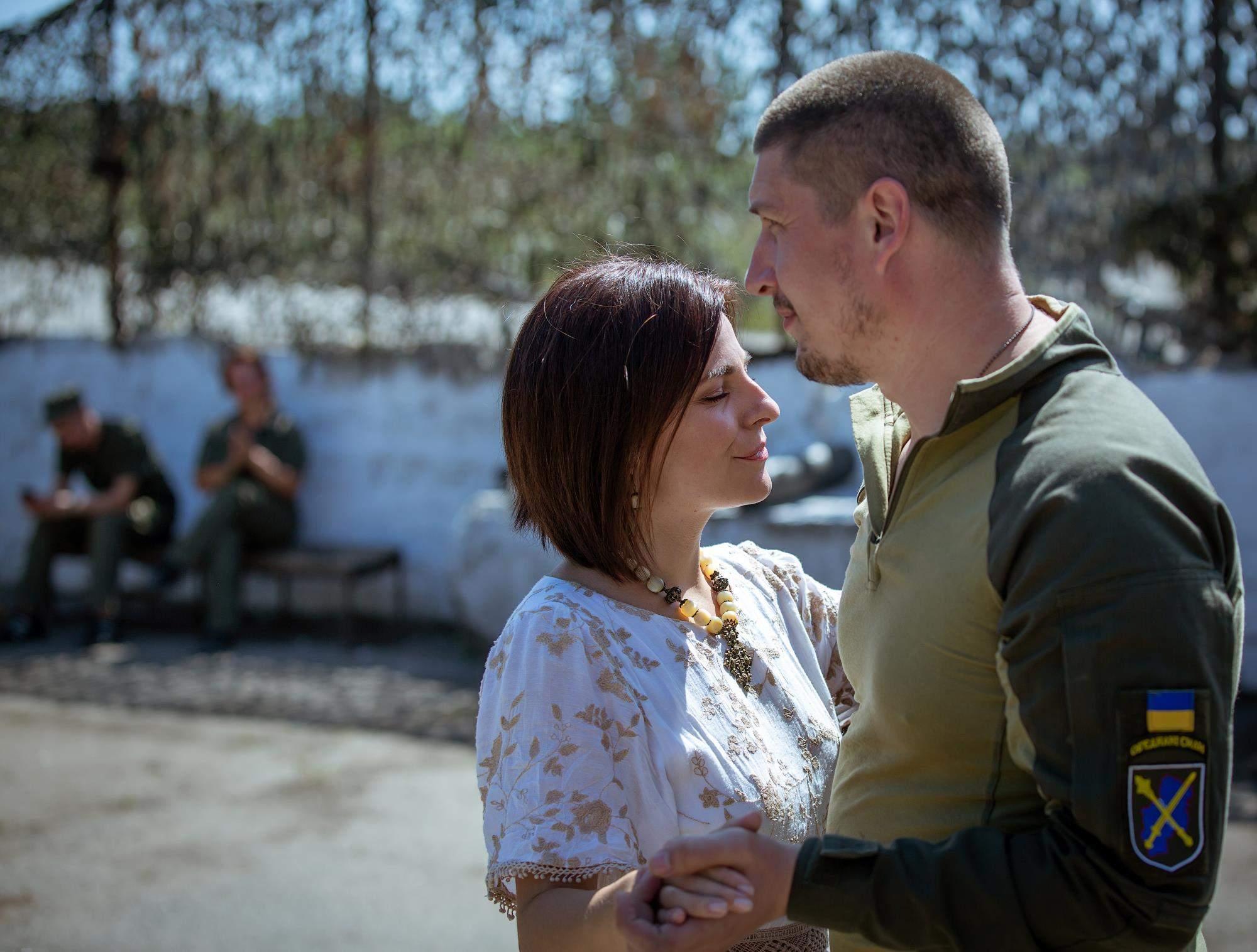 Оксана Муха везе українську пісню на схід