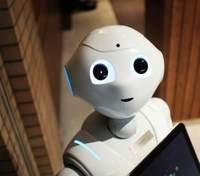 Роботы помогают посетителям южнокорейского кафе держать социальную дистанцию