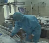 У Львові медики, які борються з СOVID-19, досі чекають обіцяних доплат: яка ситуація в лікарнях