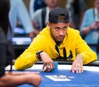 Неймар проміняв футбол на покер і досяг успіху