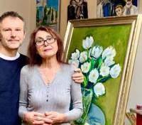 Вперше без тата: Святослав Вакарчук ніжно привітав маму у день її народження – рідкісні фото