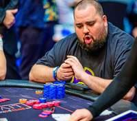 Покерист заробив на пандемії, а згодом віддав виграш на благодійність