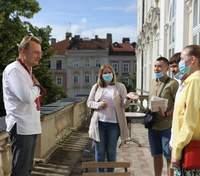 У Львові стартують зйомки фільму за романом Кузьми Скрябіна: Садовий підтримує кіновиробництво
