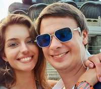 Дмитрий Комаров впервые объявил, как сделал предложение жене – удивительные фото