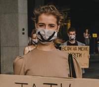 """Без всякой цензуры: Антонио Лукич снимает сериал о подростках """"Секс, инста и ВНО"""""""