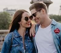 Владимир Остапчук засветил обнаженный торс рядом с любимой в купальнике: пикантное фото