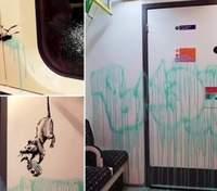 Я ізольований: Бенксі показав нову роботу про коронавірус у метро Лондона