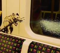 Нову роботу Бенксі про коронавірус знищили: чому у метро не залишили малюнку