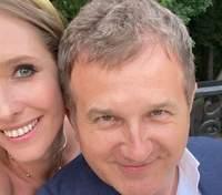 На свидании с мужем: Катя Осадчая взбудоражила сеть романтическими фотографиями с любимым