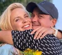 Лилия Ребрик отправилась на Херсонщину: романтичные фото с мужем