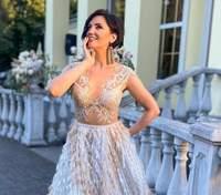 У блакитній сукні: Оля Цибульська вразила незвичним образом від українського бренду – фото