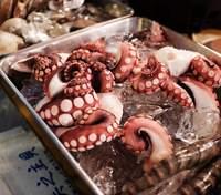 У Китаї COVID-19 виявили на упаковці морепродуктів з Росії