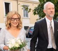 Вдова Лучано Паваротті одружилась після 9-місячного роману: весільні фото