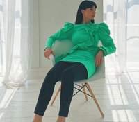 У прозорому бюстгальтері та костюмі: Маша Єфросиніна підкорила ефектним образом – фото