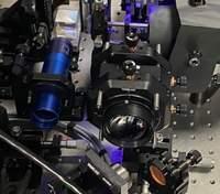 Microsoft представила новое поколение голографических накопителей