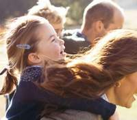 Діти принца Вільяма і Кейт Міддлтон зустрілись з улюбленою зіркою: миловидні кадри