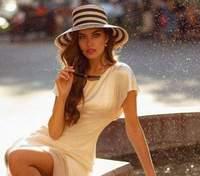Дружина Дмитра Комарова Олександра Кучеренко приміряла шкіряне вбрання - фото