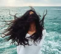 Сезон выпадения волос: когда пик обострения проблемы