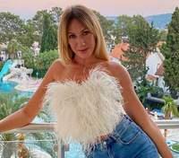 У купальнику з горнятком кави: Леся Нікітюк показала курйозне відео з відпочинку в Туреччині