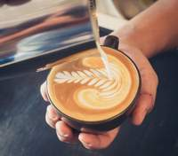 Во Львове кофе с собой будут наливать в съедобные чашки: стартовал новый проект – детали