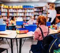 Как переход в новую школу влияет на ребенка и чем родители могут помочь