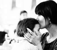 Маша Єфросиніна показала, як син зустрічає її вдома: відео розчулило мережу
