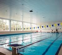 У Львові у школах та дитсадочках почнуть працювати басейни: що відомо