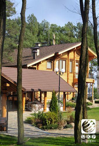 Еще одну резиденцию Януковича открыли для посетителей [Фото]
