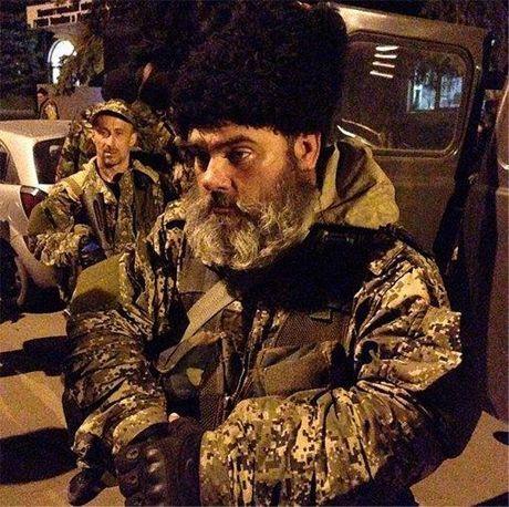 В Славянск приехали боевики неславянской внешности [Фото. Видео]