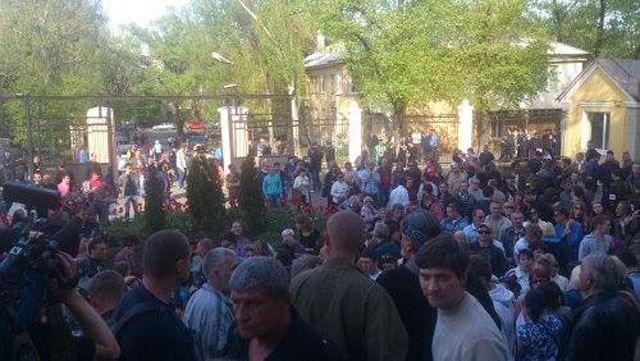 Сепаратисты в Донецке настраивают вещания своего канала