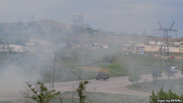 В Керчи горят степи [Фото]