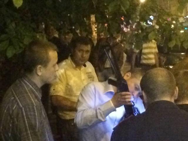 В Киеве избили кандидата в Киевсовет от