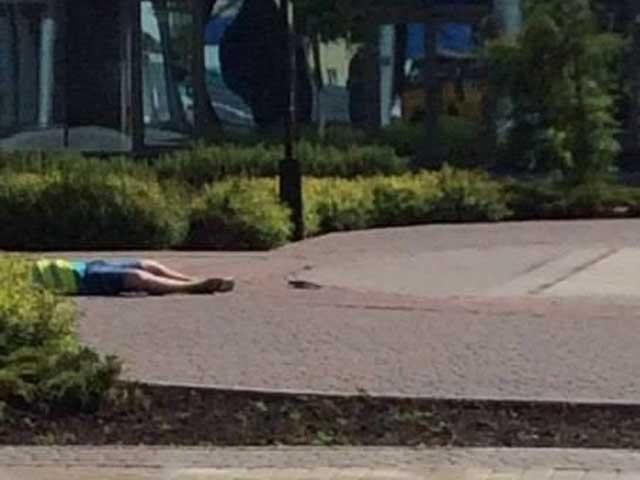 В Донецке возле железнодорожного вокзала расстреляли парковщика [Фото]